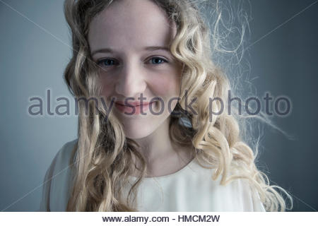 screaming blonde Messy curly