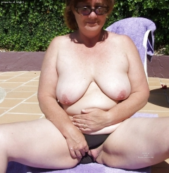 Squirting glamour interview nude