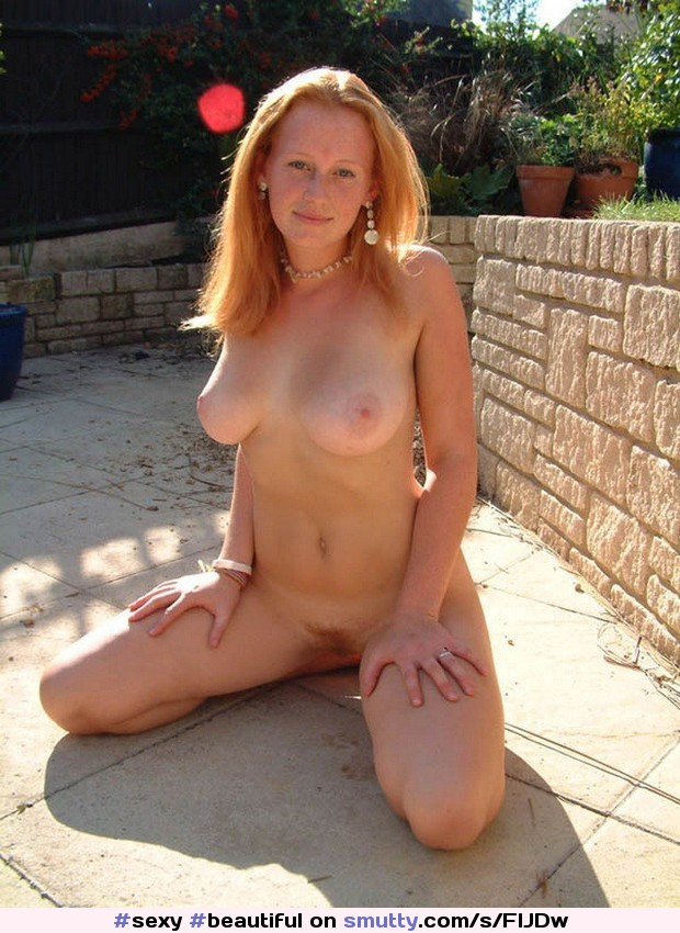 New Sex Images Pissing horny fisting solo