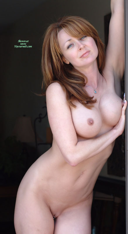 small Model boobs dp freckles