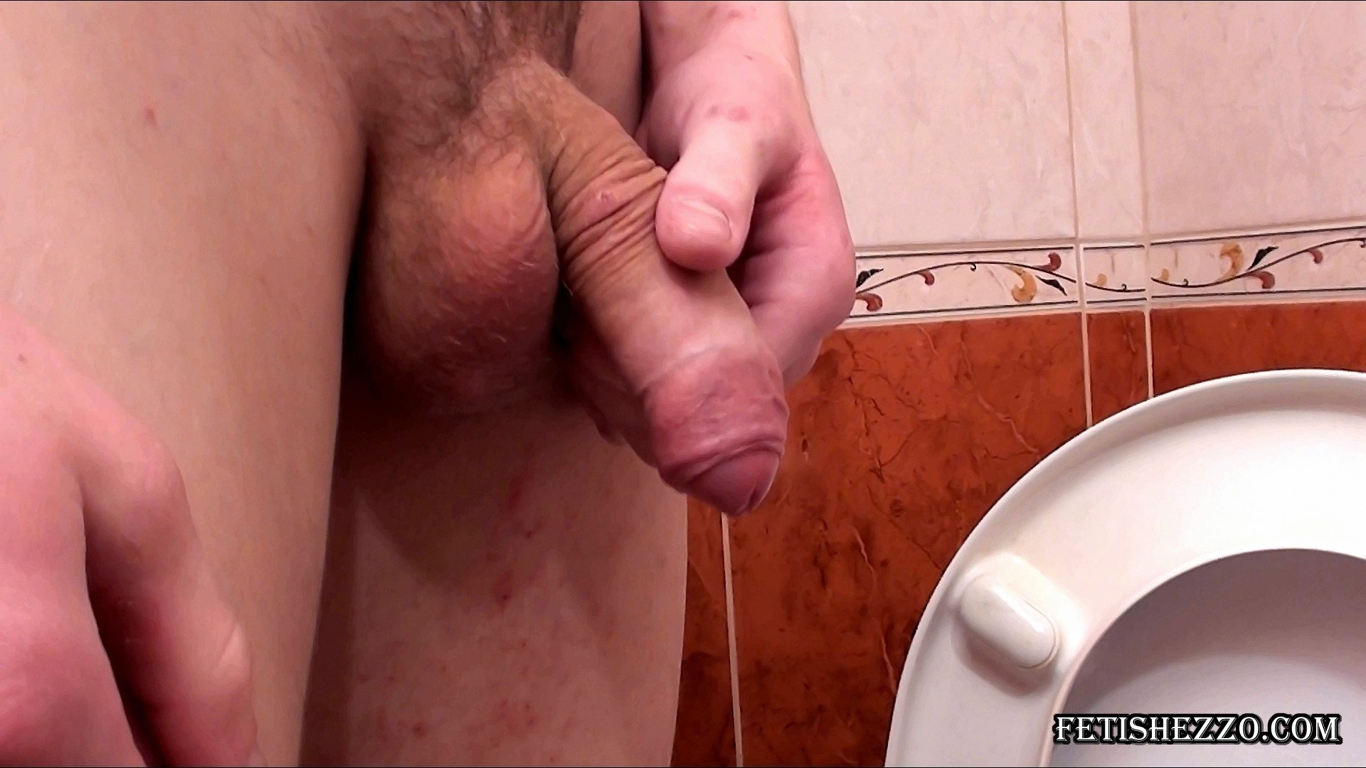 students amateur pee Gay