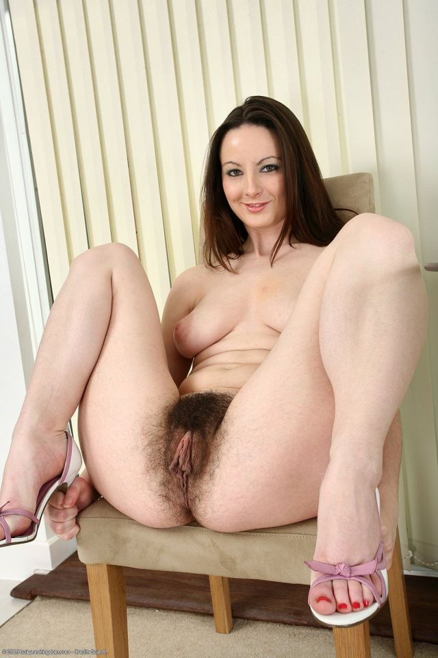 pawgs hairy students Brunette