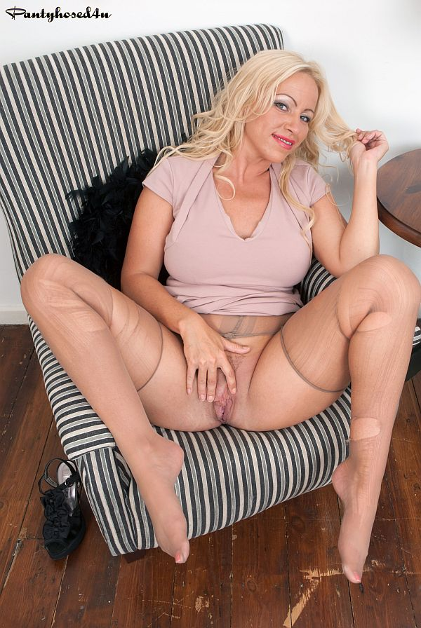 29 New Sex Pics Sex toys doggystyle bbc messy