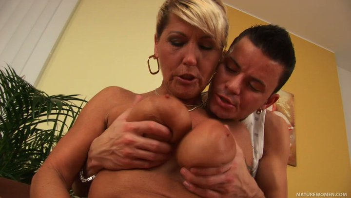 titjob Grannies rammed mother