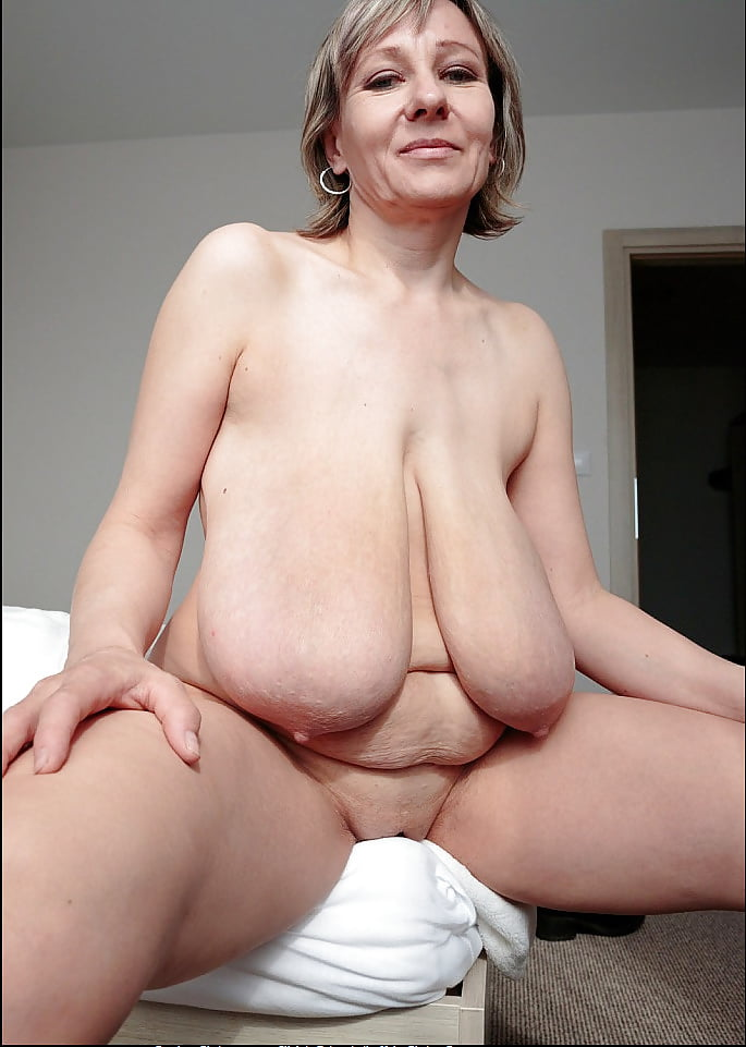tits pounded trans Saggy glasses
