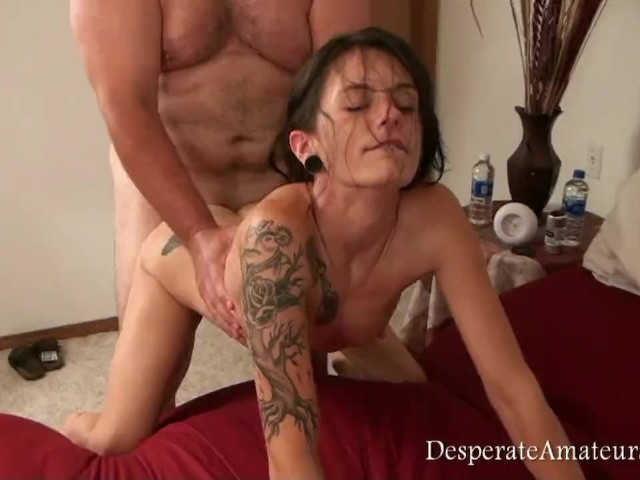 Wet big butt bisexual handjob