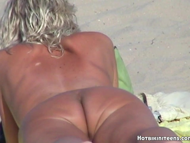 beach Uncensored blonde otngagged